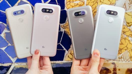 LG G5 smart phones